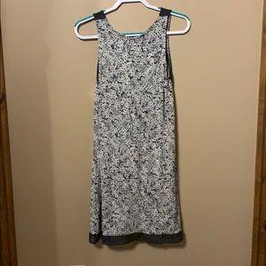 Vera Wang Intimates & Sleepwear - Simply Vera Wang intamites , gently used.